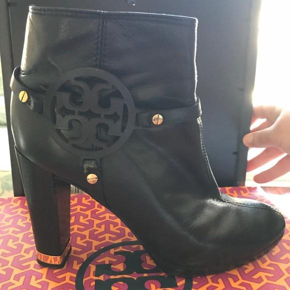 b00bbebe0c1d Tory Burch Whitney Bootie Glossy Kid Boots. M 5abfb3423800c5c586864b54